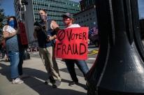 Apoiadores de Trump protestam contra eleição de Biden em várias cidades dos EUA