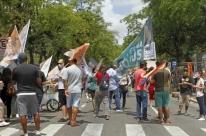 Domingo anterior às eleições movimenta o Brique da Redenção