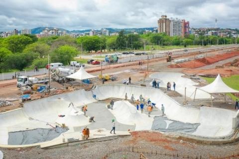 Prefeitura vistoria nova pista de skate da Orla