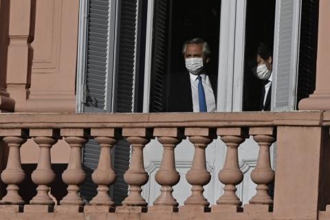 Presidente argentino entra em isolamento após contato com secretário com Covid-19