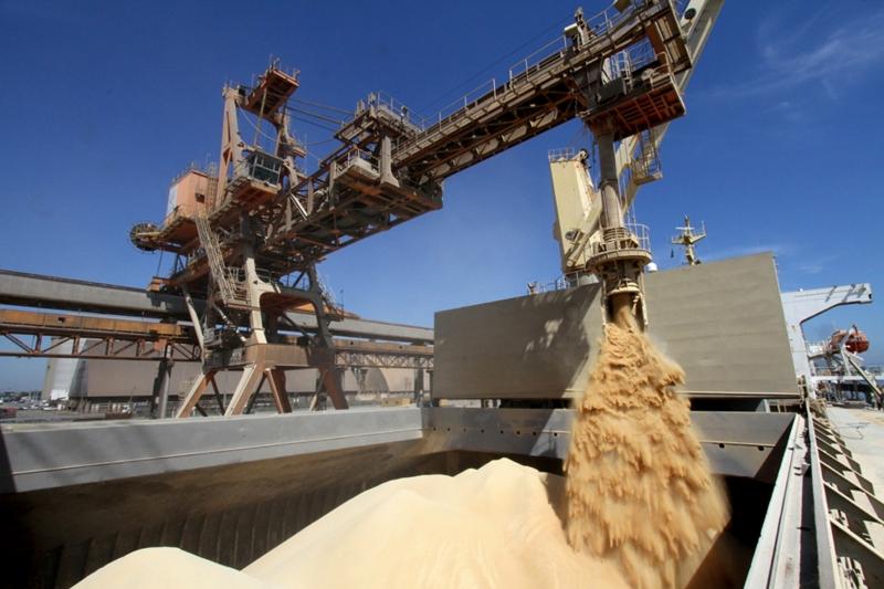 Redução nos embarques de soja, fumo e produtos florestais afetaram o resultado