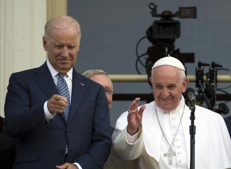Biden disse a Francisco que gostaria de trabalhar junto com ele em várias questões