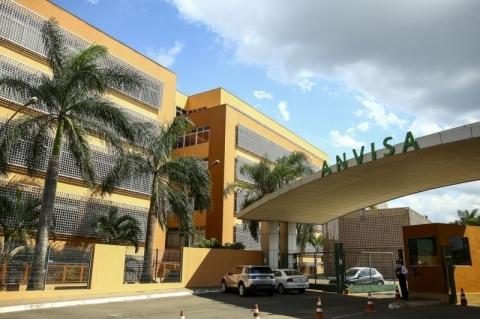 Bolsonaro indica militar que atua no Ministério da Saúde para diretoria da Anvisa