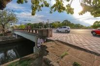 Empresa das placas de rua de Porto Alegre adota pontes da Ipiranga