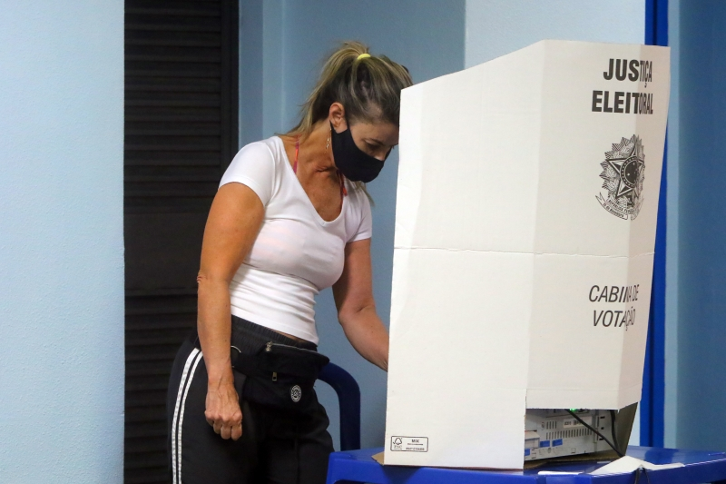 Segundo o TSE, não há registros de necessidade de voto manual