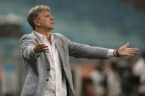 No Paraguai, Grêmio inicia duelo contra o Guaraní