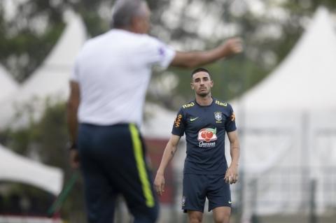 Brasil mede forças com o Uruguai para se manter 100% nas Eliminatórias