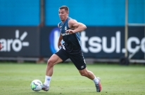 Brasileirão: Grêmio tem cinco reforços e estreia de Pinares contra o Corinthians