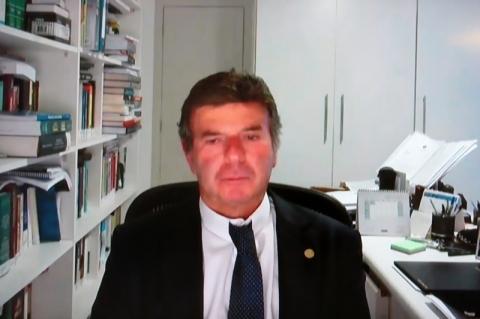No CNJ, Fux faz minuto de silêncio por homem morto no Carrefour