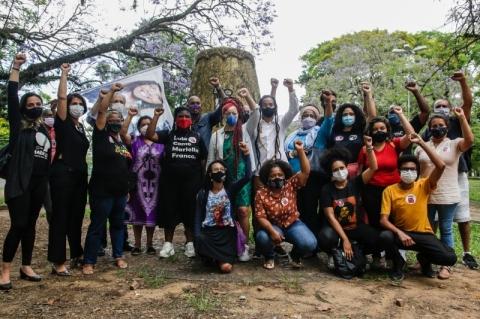 Em mobilizações na cidade, Manuela reforça compromisso contra o racismo