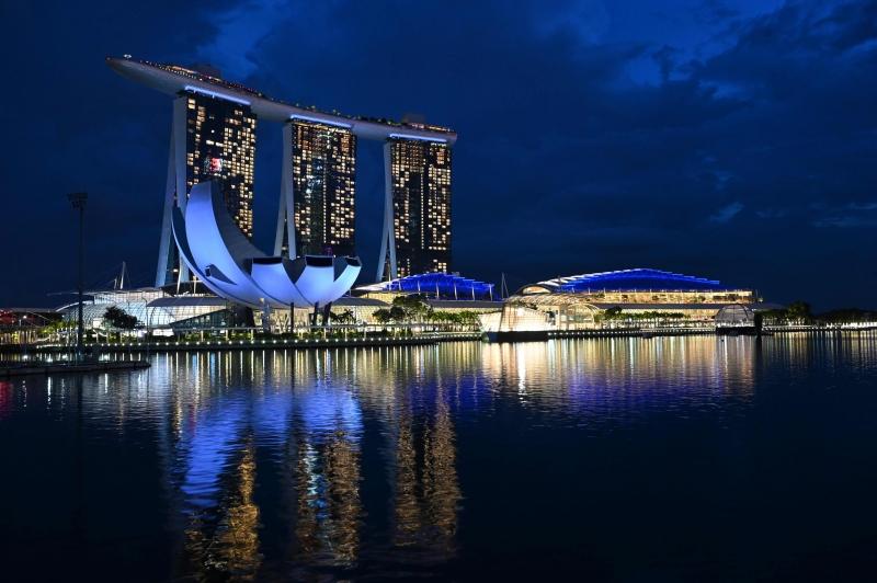 Ponto turístico da Marina Bay Sands em Cingapura seria beneficiado pela ação planejada entre as duas cidades