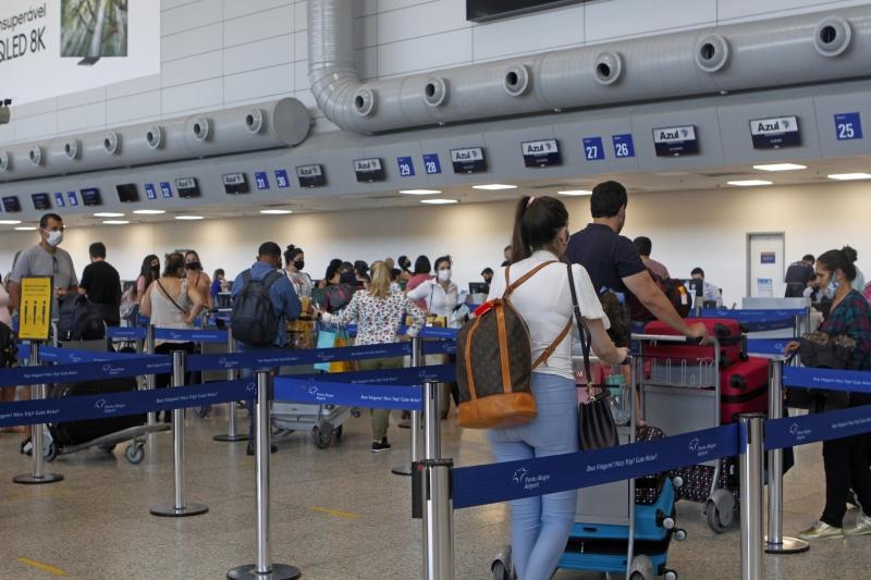 Atualmente, exigência se restringe a viajantes internacionais