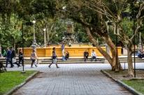 Decreto proíbe a permanência de pessoas em praças, parques e na orla de Pelotas