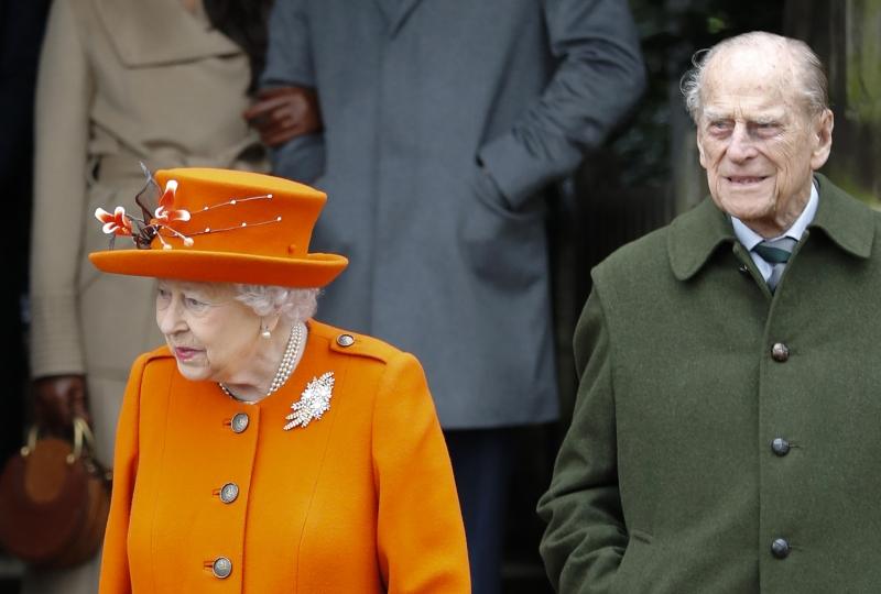 Casal real britânico recebeu o imunizante no Castelo de Windsor, nos arredores de Londres
