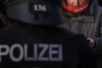 Alemanha bane grupo que defendia restabelecimento de 'Estado nazista'