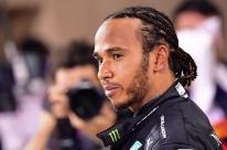 Temporada inicia com indefinição sobre contrato de Lewis Hamilton