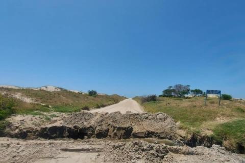 Rio Grande interdita vias e limita o acesso à praia do Cassino