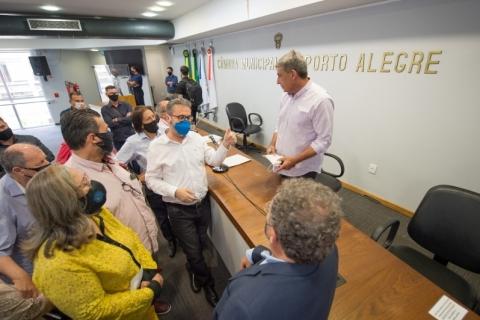 Vereadores pedem interferência de Sebastião Melo em projeto do Imesf