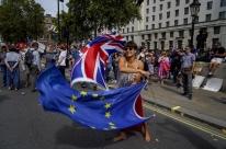 Reino Unido e UE chegam a acordo preliminar 'pós-Brexit'