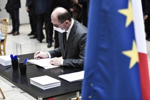 Governo leva à votação lei de combate ao 'islamismo radical' alvo de protestos
