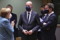 Presidente do Conselho Europeu anuncia acordo para fundo de recuperação