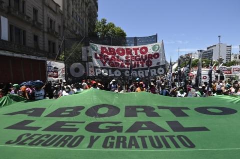 Argentina retoma debates para legalizar o aborto