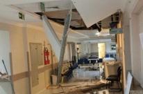 Temporal em Porto Alegre: hospital conserta telhado e retoma consultas nesta terça
