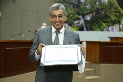 Melo, Gomes e vereadores de Porto Alegre são diplomados em cerimônia no TRE-RS