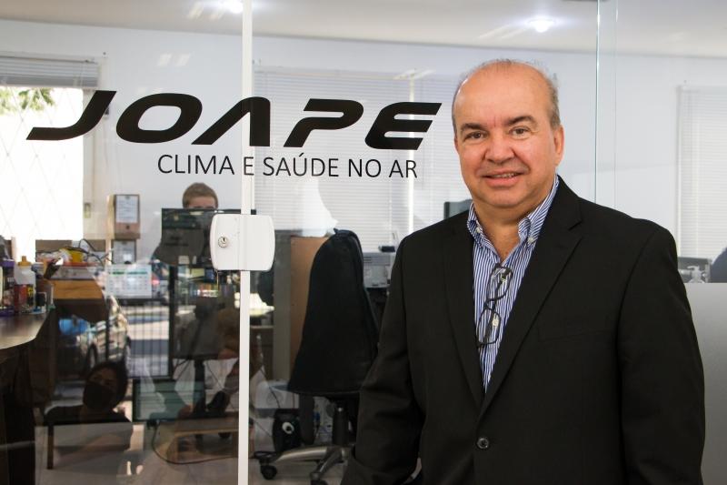 Executivo diz que meta é comercializar pulverizadores para descontaminar ambientes