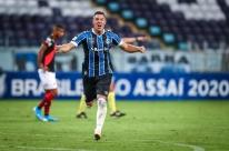 Misto quente: cheio de reservas, Grêmio se supera e vence o Atlético-GO
