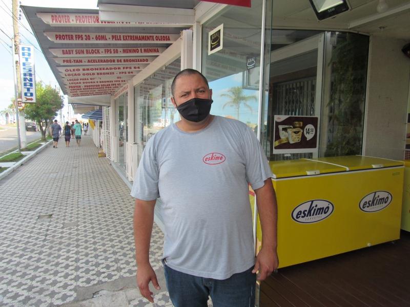 Farias reabriu a sorveteria em novembro após nove meses sem trabalhar em função do isolamento social