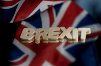 Câmara dos Comuns aprova acordo pós-Brexit; texto vai para Câmara dos Lordes