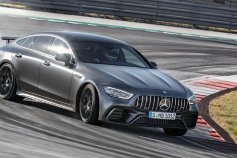Edição especial do Mercedes-AMG GT 63 S 4Matic+ traz peças de fibra de carbono