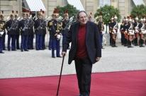 Morre, aos 93 anos, o ator e diretor francês Robert Hossein