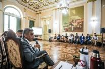 Melo anuncia Idenir Cecchim como líder do governo na Câmara