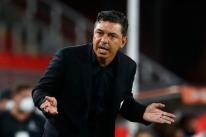 Gallardo admite tarefa difícil contra Palmeiras: