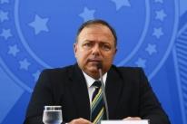 Pazuello anuncia contrato com Butantan para 100 milhões de doses da Coronavac