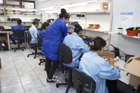 Contratos reduzidos ou suspensos pela pandemia devem ser retomados integralmente