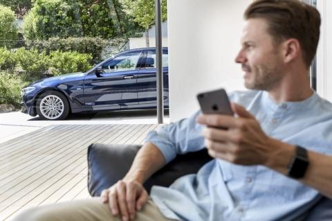 BMW Group Brasil estreia canal digital no WhatsApp
