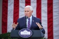 Pence anuncia que não irá invocar 25ª Emenda da Constituição para afastar Trump