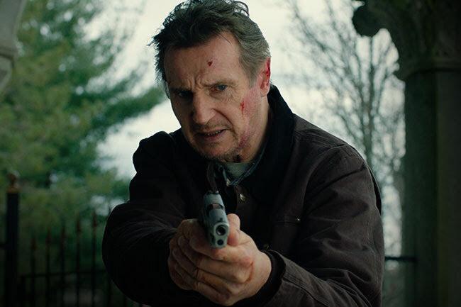Ator está atualmente nos cinemas brasileiros com o longa 'Legado explosivo'