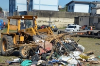 Materiais de pesca apreendidosem represas são destruídosem Caxias do Sul