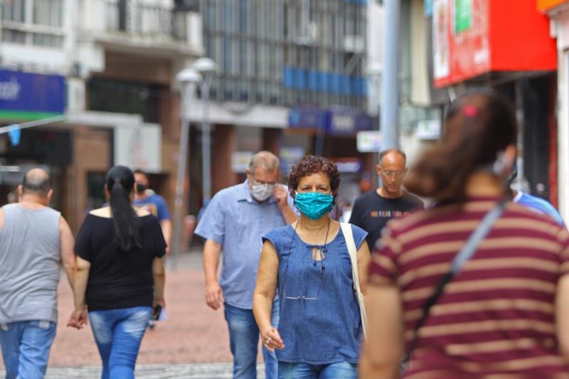 Com os novos casos, subiu para 554.353 o total de gaúchos já infectados pelo vírus