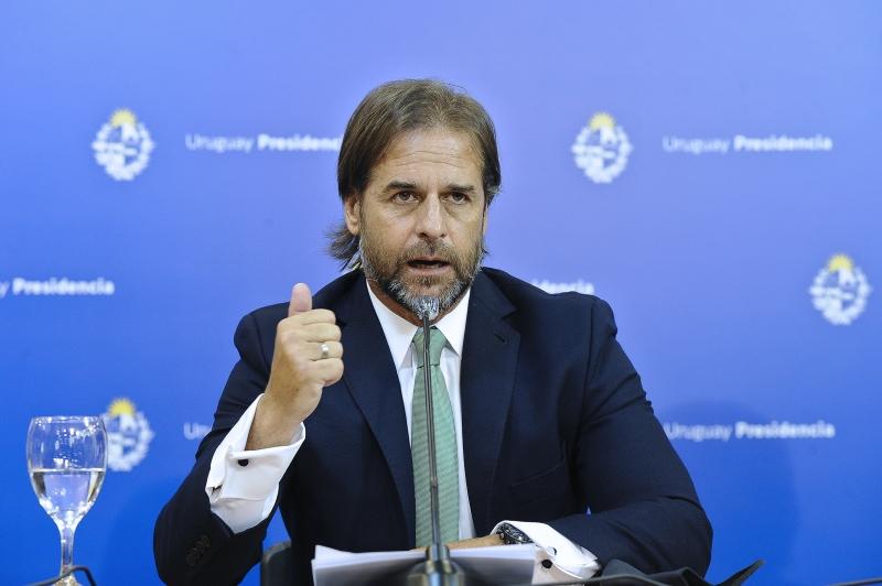 Luis Lacalle Pou afirmou que não estará entre os primeiros a receberem a injeção e que seguirá o plano do governo