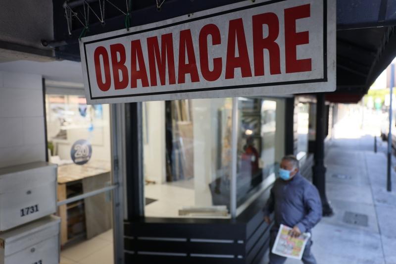 Em meio a escalada da pandemia de Covid-19 no país, inscrições para o Obamacare ficam abertas entre 15 de fevereiro e 15 de maio