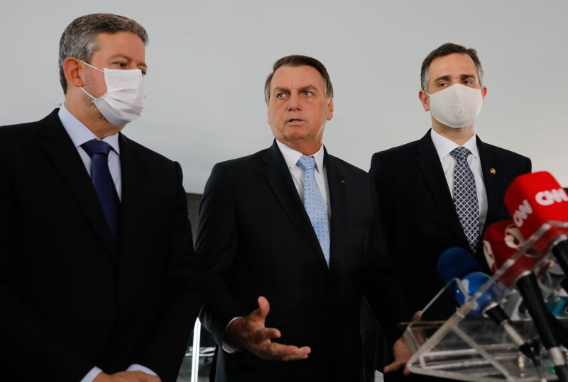 Bolsonaro fez um pacto com os presidentes da Câmara, Arthur Lira , e do Senado, Rodrigo Pacheco