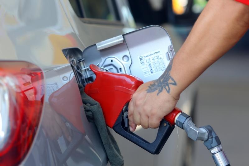 Preços variam de acordo com cotações do petróleo e de combustíveis no mercado internacional