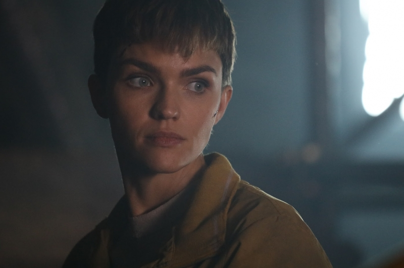 Ruby Rose vive uma ex-soldado do exército em 'A protetora', lançamento do canal Premium e streaming