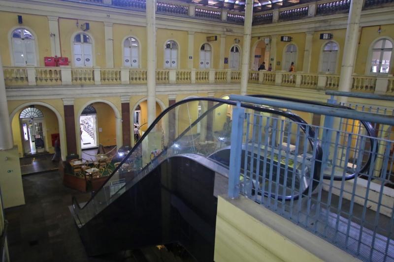 Reforma contará com novas escadas rolantes e elevador, além de melhorias na rede elétrica