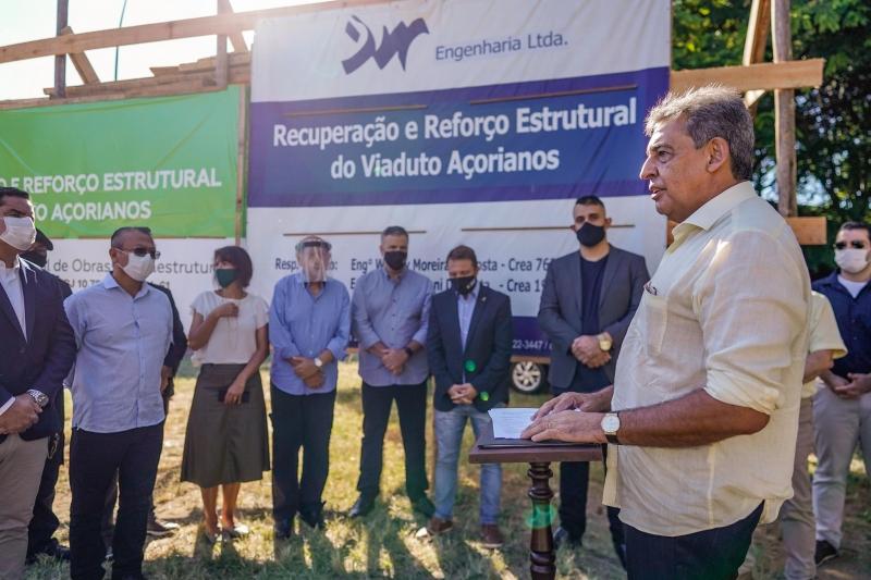 O prefeito Sebastião Melo assinou nesta sexta-feira (19) a ordem de início da obra de recuperação do Viaduto dos Açorianos